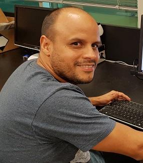 Dr. Gerardo Casanola-Martin